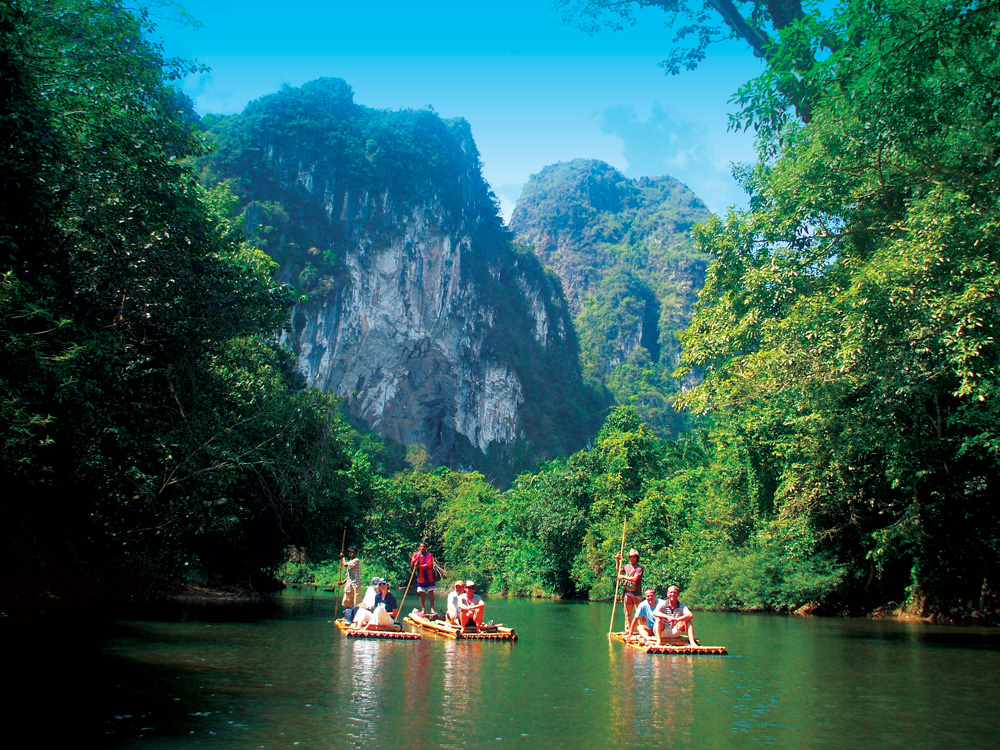 Popular Khao Sok Tour - Khao Sok Raft Expedition
